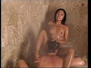 Анальный секс очень большим членом видео