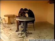 Личное видео раздевающихся баб