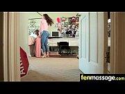 Письки видео как девушки мастурбируют в троем