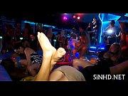 Порно ролики девственницы дифлорация смотреть онлайн