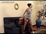 Русское порно сын с мамакой на кухне