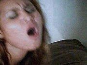 сексуальная зрелая женщина сосет член скачать видео на мобильный телефон
