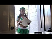 Teen avery negotiates a n...