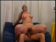 Зрелая женщина с огромными сиськами и огромными сосками