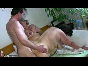 Sestra i brat masturbirujut sovmestno