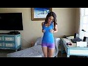 Текущие от оргазма женские письки крупно видео нарезка