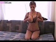 Имитация полового акта женщины видео