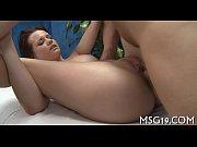 видео жена делает массаж анального отверстия рукой мужу