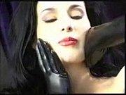 Порно трахают домохозяйку настю