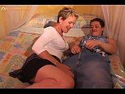 Русские девки закидывают ноги на плечи когда их ебут