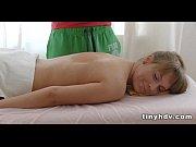 Порно онлайн сексуальная мамаша трахается с другом сына