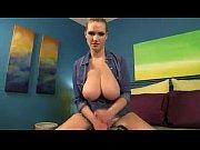 Голая Алина Ильина демонстрирует сексуальное тело в обнаженном виде