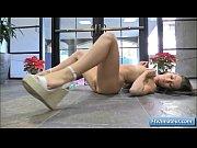 Секс видео с блондинкой с целлюлитом
