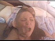 Лезбиянка заставила лизать ей пизду