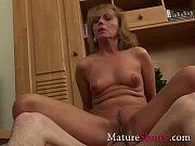 Порно видео домашнее в первый раз