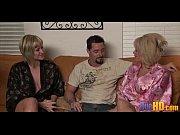Смотреть видео лесбиянки зрелые с молодыми порно