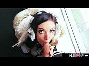 Русское брат наказывает сестру в попу