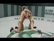 Все секс видео групповой секс в джакузи студенты