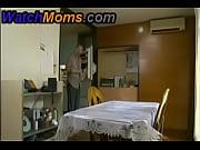 Смотреть порно фильм сын ебёт маму тётю и бабушку