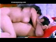 Зрелая переспала с молодым парнем