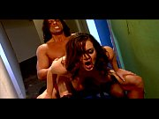 Голубоглазая малышка видео секси секс грудь обнажённое тело тело блондинка красотка попка ножки