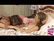смотреть порно про брат и сестра принимают ванну