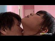 超濃厚に舌を絡め相互顔舐めまでしちゃうロリ系美少女が気持ちよすぎて大絶叫!