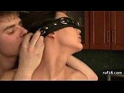 Русское порно уговорил жену на секс в троём