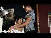 Лесбийские видео девушка на медосмотре у лесбиянки