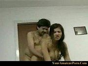 Порно онлайн лешение девственности смотреть