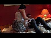Видео мама при дочке просит сына выебать её