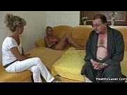 Порно начальник заставляет сосать