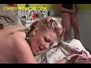 Иксвидеос скрытая камера в женской раздевалке