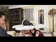 Видео секс на ваной отец трахает свою дочь