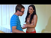 Brazzers - India Summer teaches some young cock
