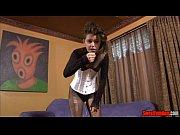 Просмотр фильмов эротические сцены женщина и юноша