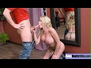 Огромная грудь зрелой женщины видео