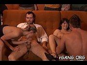 Смотреть видеоролики порнозвезд мулаток з пишними жопами анал