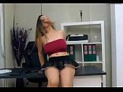 Порно жесть в колготках мини юбка молодых