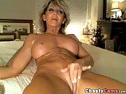 Мама сняла трусики перед сыном порно