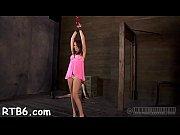 Порно видео сестра дала полизать попку