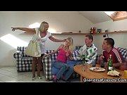 Женщина дрочит член мужу видео
