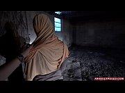 Смотреть как женщина занимается сэксом с женщиной
