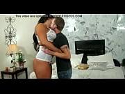 Порно видео срущие лесбиянки старухи в рот мужикам