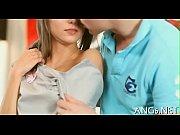 Порно видео муж держит и целует жену когда ее трахает любовник