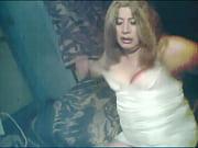 Смотреть порно видео девушка женщина кончает густой жидкостью в рот