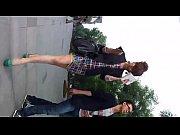 Девушки танцуют стриптиз с болшими сискми