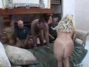 Порно с тутуированной девочкой