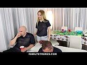 Порно видео негр с огромным членом затрахал стройную блондинку до истерики