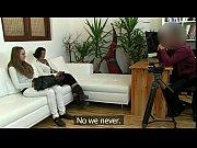 Русское порно зрелая женщина показывает свои прелести на камеру